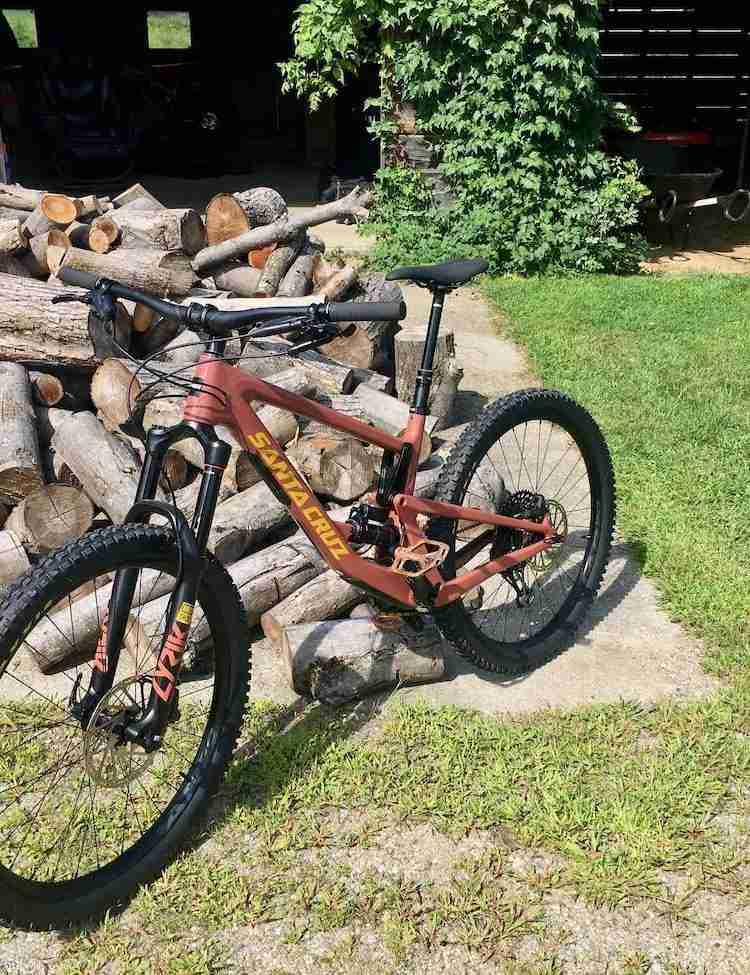 Learn the best tips on how to buy a used mountain bike including what questions to ask, red flags to look for, where to shop, and more.
