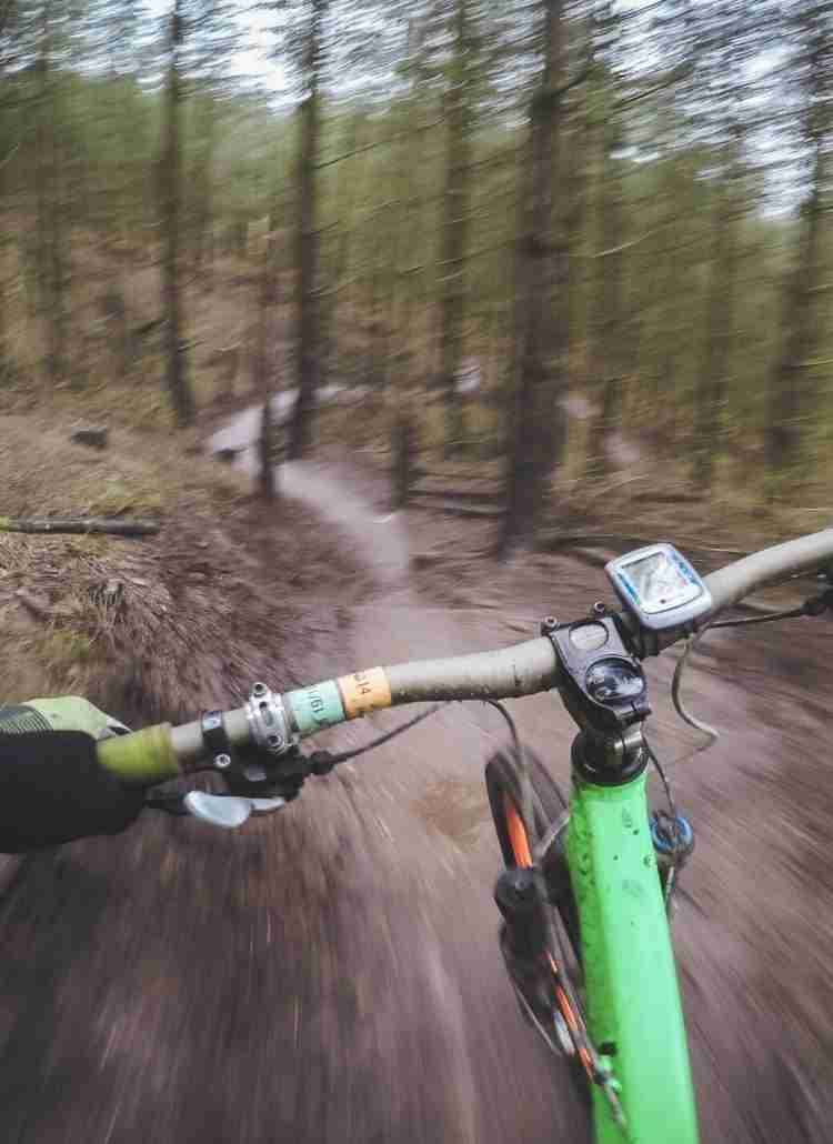 Discover the best mountain biking apps for tracking stats, planning routes, finding the best singletrack trails, and more!